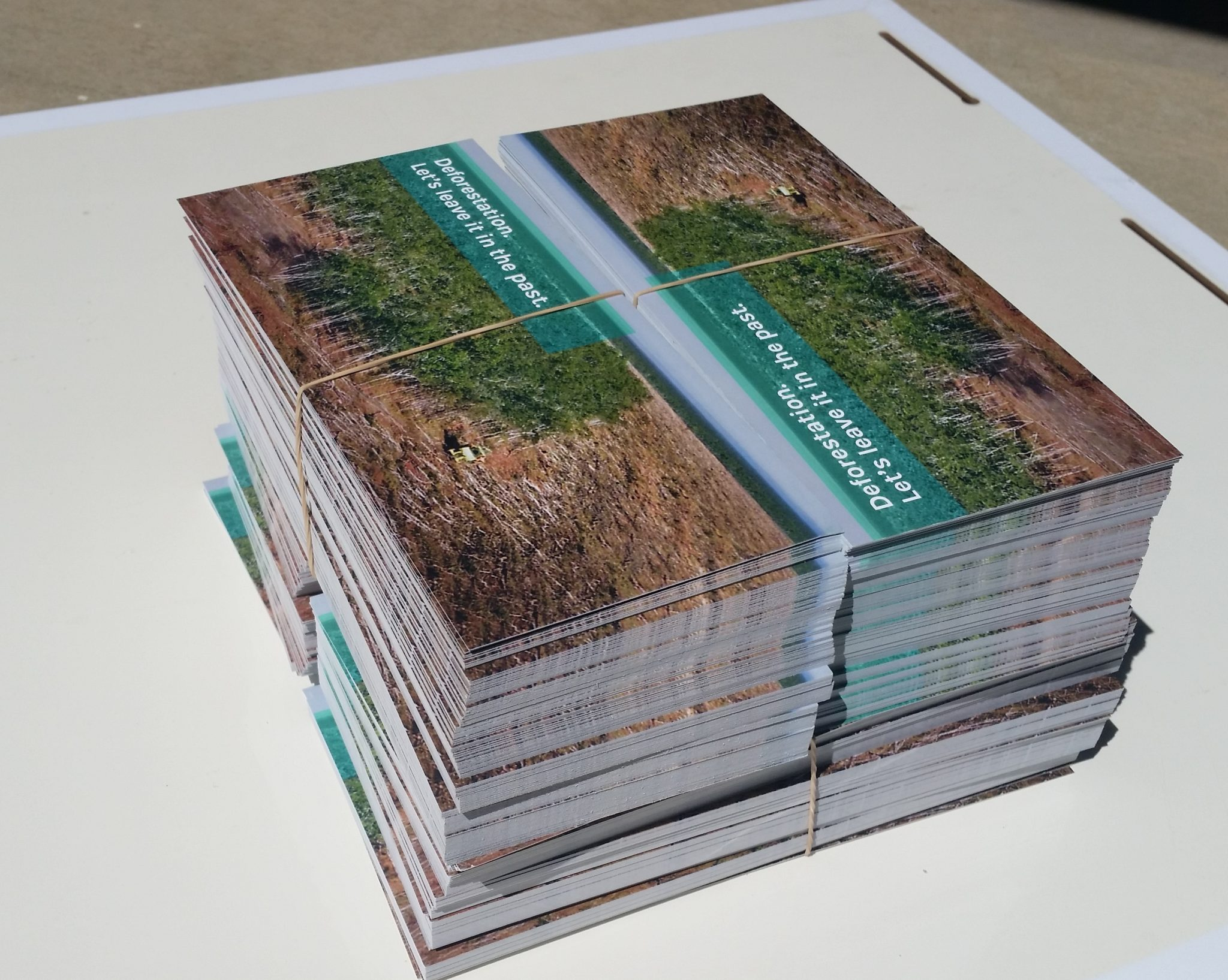 Printing fliers brochures posters brisbane custom signs printing fliers posters business cards and more reheart Image collections